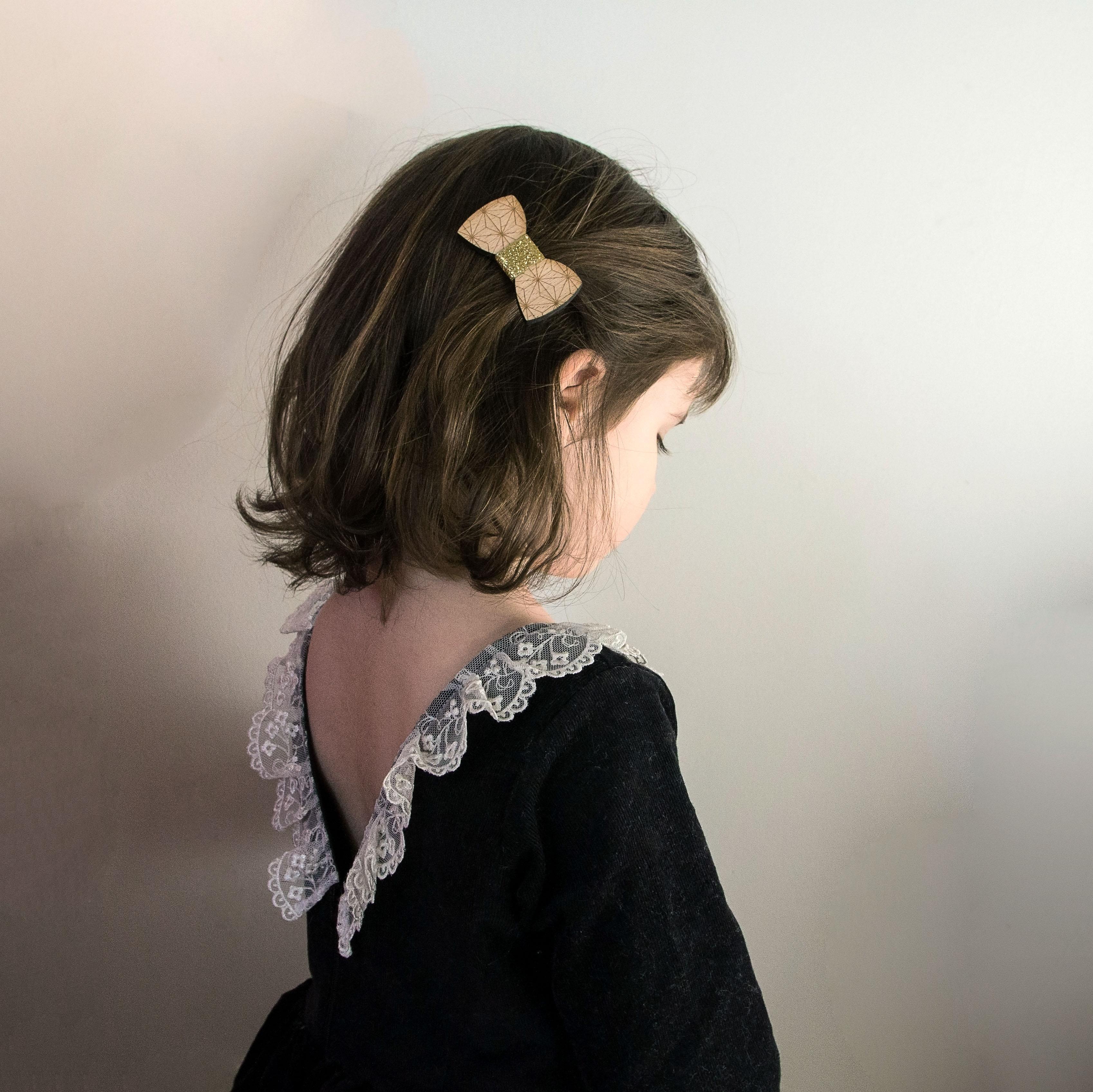 accessoire cheveux en bois noeud