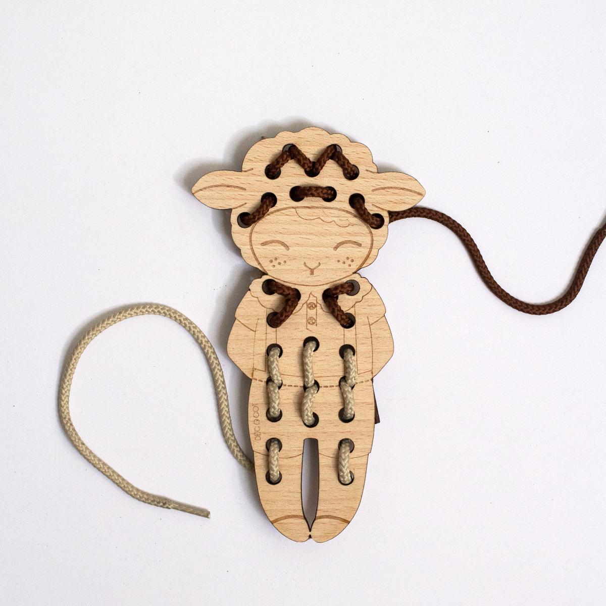 jouet en bois à lacer jeu enfant decocot